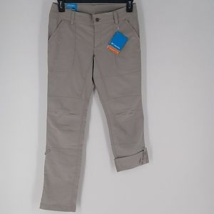 New Women's Columbia Capris/Pant